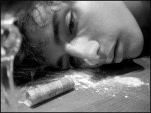 когда подростки употребляют наркотики и алкоголь